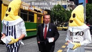 Abbot as Banana 3
